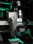 フェムト秒レーザー加工機 波長:SHG-YAG:515nm 発振方式:パルス(パルス幅:290fs~10ps)
